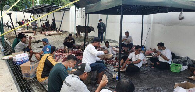 "Idul Adha 2021, ""Adhyaksa Peduli"" Banjir Daging Qurban.jpg"